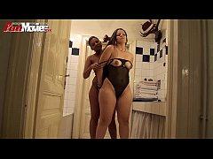 German Lesbian Amateurs in the Bathtub