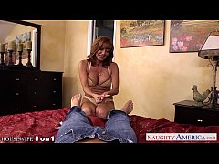 Chesty housewife Tara Holiday gets facialized i...