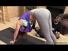 Bliss Dulce Helps A Black Guy Relax With Sex