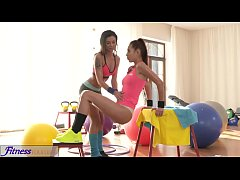 Fitness Rooms Asian stunner gives tight body br...