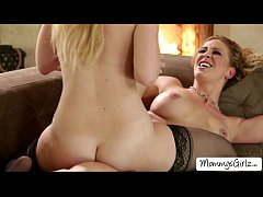 Damn horny ladies Samantha and Cherie fingers e...