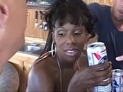Sexy black milf with heels gets her pussy bange...