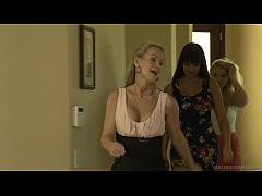 Melissa May wants to know the relationship! - G...