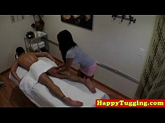 real nuru masseuse tugs customer