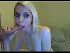 This blonde HD Webcam girl gives a nice blowjob...