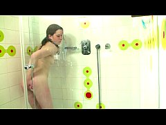 Amateur young teen having a solo