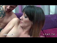 Casting Anal Jeune et jolie brunette francaise ...
