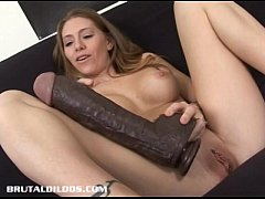 Petite Jenna fills her pussy with a thick bruta...