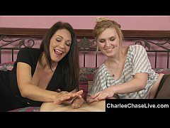 Hot Tampa MILF Charlee Chase Gets a Hand Stroki...