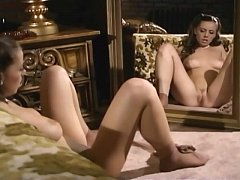 Glamour babe rubbing her pussy in nude hosiery