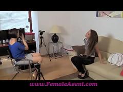 FemaleAgent Talented tongues