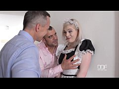 Ping Pong Blowjob - Carly Rae Deep throats two ...