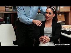 Luscious Peyton and Sienna let her man licking ...