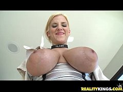 Haley Cummings oils up her titties and plays wi...