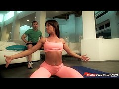 Rahyndee gets a pounding after yoga