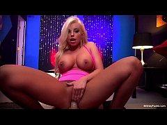 Stripper Britney Amber gets fucked