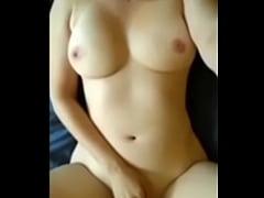 Tetona con fuego en su vagina