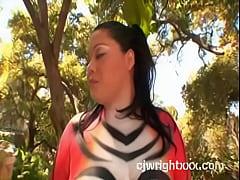 Vanessa animal Lee