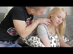 18 Years Old Hot Blonde Giving Blowjob & Cumshot