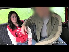 Brunette babe doesn't want to pay the taxi driver