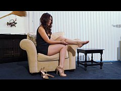 Princess arrives home and gives herself a rubdown