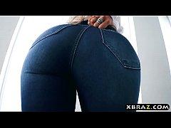 Big round ass latina blonde Luna Star gets anal...