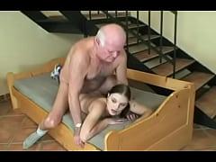 abuelo jovencita porn Videos porno de Abuelos con Nietas - Incestos xxx Gratis.