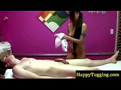 Asian masseur makes her client cum