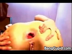 Babe fisting her gapping and prolapsing ass