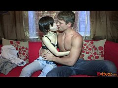 18videoz - Casual sex after coffee