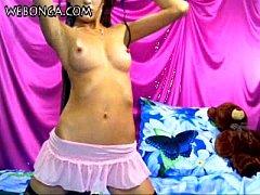 Amazing Camgirl livecam show on webonga.com