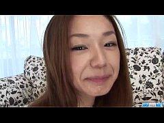 Sakura Hirota amateur babe blows a huge dick