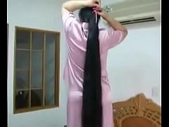 Chinese longhair girl  of Guinness