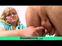 Fat big tits mom Anna is dirty doctor jerking o...