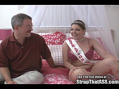 Dorky 4 eyes Robbie pegged by big tits pornstar