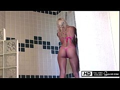 Kissa Sins gets fucked by Johnny Sins in the Shower in Mexico