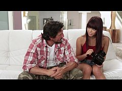 Step daughter makes sextape with her Dad - Gina...