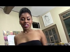 Yasmine De Leon enjoys gangbang and bukkake at ...