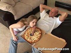 sunny lane loves pizza