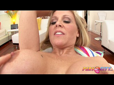 Bigass Bigcock Bigdick video: PervCity Mom Julia Ann Loves Anal