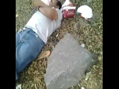 Gratis Video Gay mamandosela a borracho en la calle