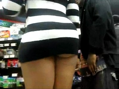 Bajo Las Minifaldas vestido mais curto que ja