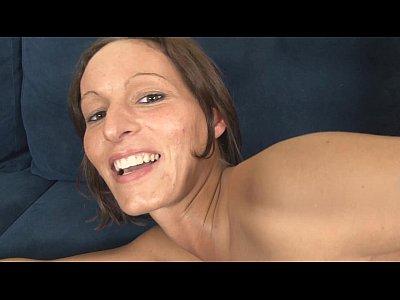 Blowjob Brunette Cumshot vid: Super Poschi - Luise2
