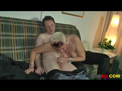 Blonde Blowjob Chubby video: Deutsche Blonde BBW liebt zu ficken