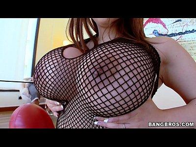 [爆乳]なにかアートな部屋でセックスをするボインお姉さん!巨乳人妻動画です。 – 巨乳おっぱい大学