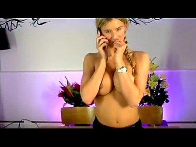 Striptease Babe xxx: Danica Thrall Schoolgirl