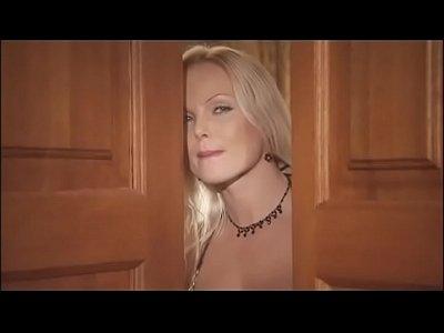 Vintage Sex Oral video: Pornstars doing their best Vol. 8