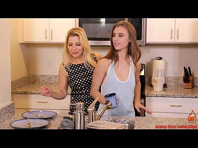Lesbian Strapon Mom vid: The Weekend (Modern Taboo Family)