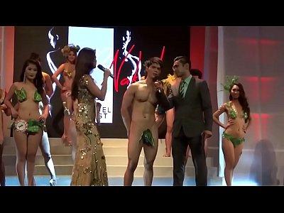 women in dominican republic naked