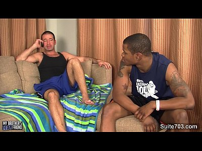Videos Gay Gratis black gay fucking a white hunk